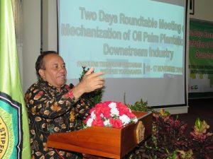 Rektor Instiper Yogyakarta, Dr Purwadi saat membuka One Day Roundtable Meeting, Kamis (17/11/2016). (foto : heri purwata)
