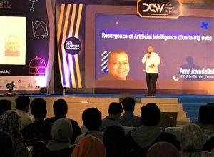 Amr Awadallah, CTO sekaligus Co-Founder Perusahaan Cloudera saat menjadai pembicara pada DSW di Kampus UII Yogyakarta, Sabtu (3/12/2016). (foto : istimewa)
